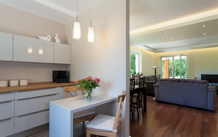Patarimai, kaip išvengti klaidų renkantis virtuvės baldus | Manonamai.lt